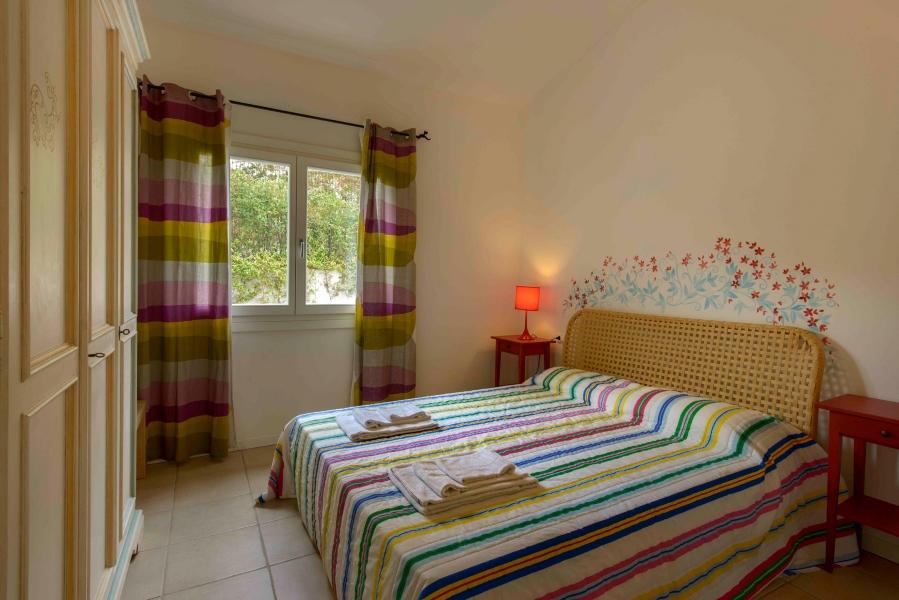 Ea_Bianca_T6_Bedroom 1
