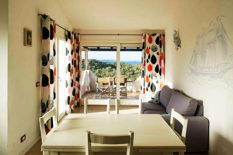 Ea_Bianca_T6_Living Room 1