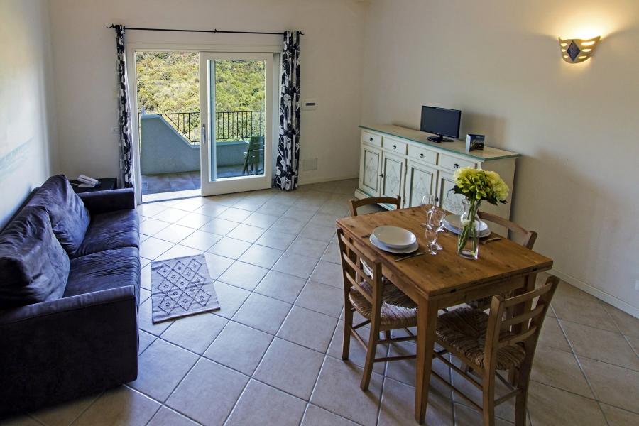 Ea_Bianca_T6_Living Room 12