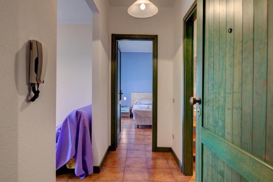 Mirti Bianchi_B4_Entrance