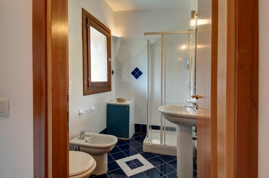 P.G.V.B4_Bathroom - Copy
