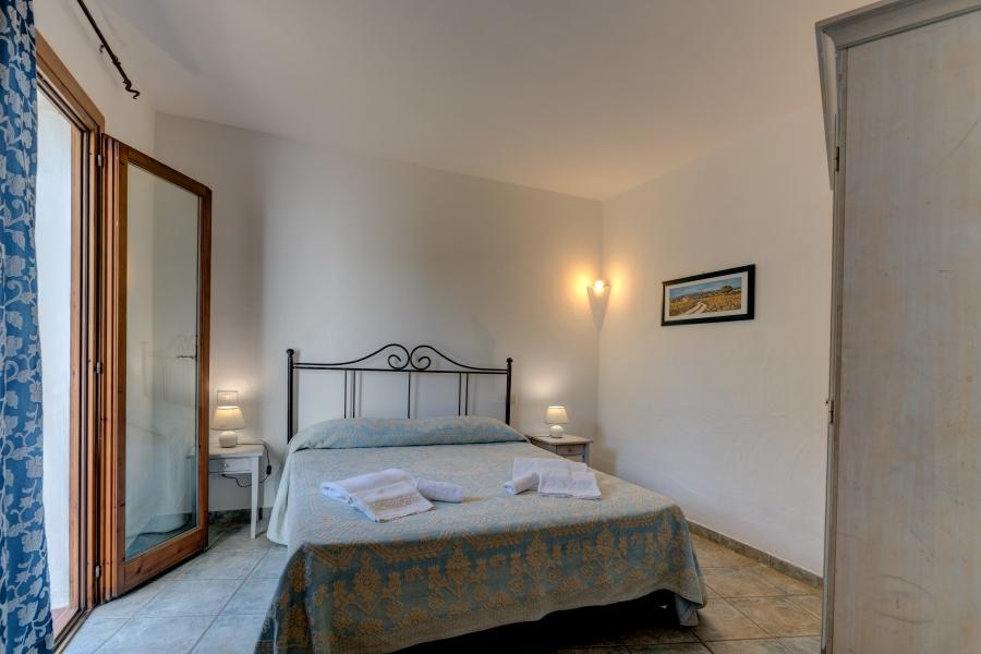 P.G.V.B4_Bedroom 1